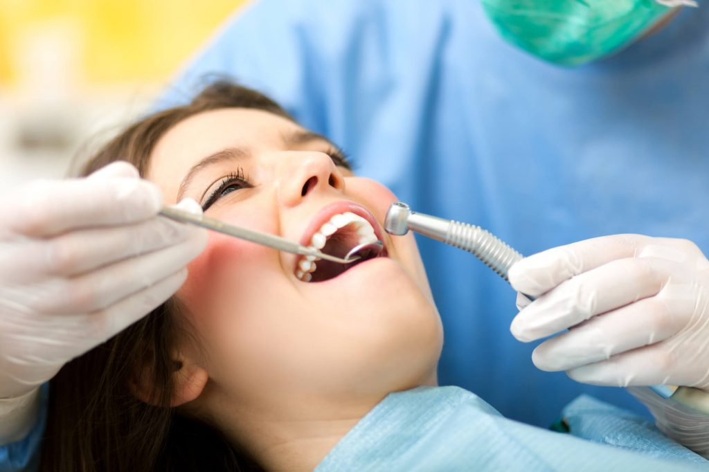 who offers the best dentist 98115?