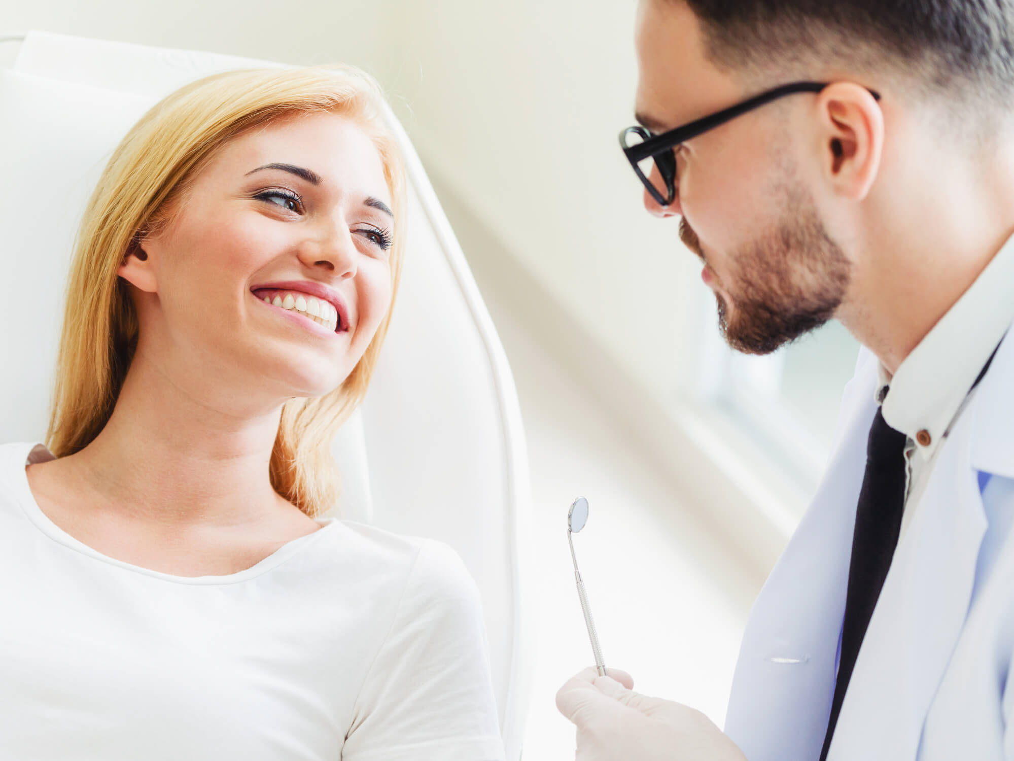 where can i find a dentist in roosevelt wa?